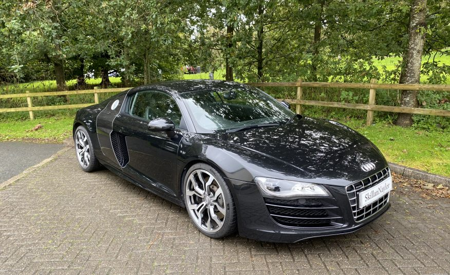 Audi R8 Quattro V10